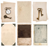 Weinlesefotokarten und alte Papierblätter Stockbild