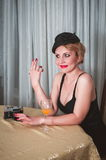 Weinlesefrauenporträt mit der Zigarette Lizenzfreies Stockbild