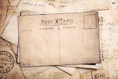 Weinlesehintergrund von den alten Postkarten Stockbild