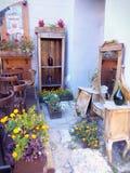 Weinleseinnencafés in der alten Stadt Lizenzfreie Stockbilder