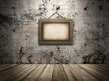 Weinleseinnenraum mit einem Bild auf der Wand Stockfotos