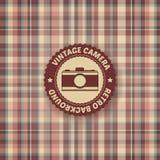 Weinlesekamera auf Retro- Hintergrund Stockbilder