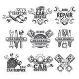 WeinleseKennsatzfamilie mit Illustrationen von Automobilwerkzeugen lizenzfreie abbildung