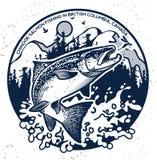 Weinleselachsfischenembleme Lizenzfreie Stockfotos