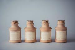 Weinleselehmbehälter Stockbilder