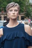 Weinlesemannequin am Markt Lizenzfreie Stockfotografie