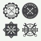 Weinlesemechanikeraufkleber, -emblem und -logo vektor abbildung