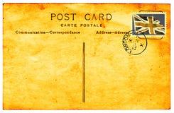 Weinlesepostkarte mit verblassenem Faux Briten-Stempel Stockfotografie