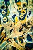 Weinleseschlüssel, Nüsse - und - Bolzen mit Fettflecken Stockfoto