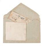 Weinleseumschlag mit alten Postkarten stockfotografie