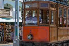 Weinlesezug, Tram in Port de Soller, Mallorca Lizenzfreie Stockbilder