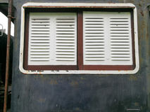 Weinlesezugfenster auf Blockwagen Lizenzfreie Stockfotografie