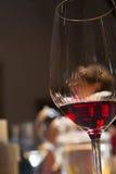 Weinprobe, Weinkellerei Donnafugata, Marsala, Sizilien, Itlay, am 28. Mai Lizenzfreies Stockfoto