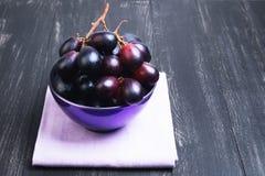 Weintrauben hochrot Lizenzfreie Stockfotos