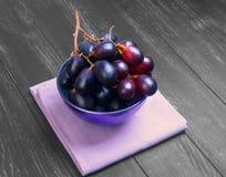 Weintrauben hochrot Stockbilder