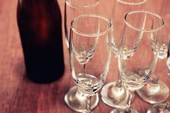 Weinzeit auf der Partei Lizenzfreie Stockfotos