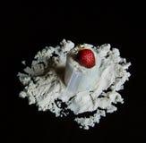 Weiproteïnelepel en strawbery Royalty-vrije Stock Afbeelding