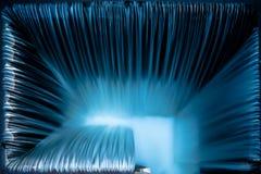 Weir σύσταση λωρίδων νερού άμεσα ανωτέρω, υπόβαθρο Στοκ εικόνα με δικαίωμα ελεύθερης χρήσης
