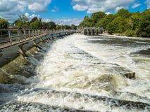 Weir de Tamisa do rio Fotografia de Stock