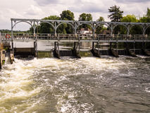 Weir on the River Thames, England Royalty Free Stock Photos