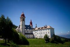 Weissenstein-Pietralba fristad Sudtirol Arkivbild