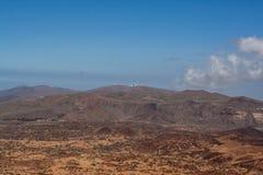 Weite Ansicht vom Berg durch Teneriffa stockbilder