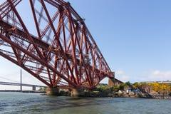 Weiter Brücke über Förde von weiter nahe Queensferry in Schottland stockfoto