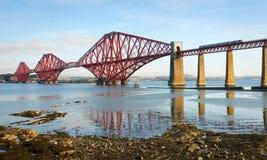 Weiter Brücke in Schottland lizenzfreie stockfotos