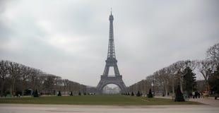 Weiter Eiffel Stockfoto