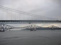 Weiter Schienen-und Straßen-Brücken Lizenzfreie Stockbilder