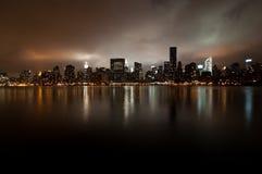 Weitwinkel von den New- YorkSkylinen Stockbild