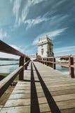 Weitwinkelansicht des Belem-Turms - alter Verteidigungsturm auf dem Tajo - dem Lissabon Portugal stockbild