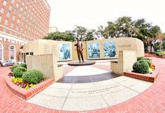 Weitwinkelansicht von John Fitzgerald Kennedy Memorial Garden stockfotos
