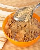 Weizen-Getreide-Flocken lizenzfreie stockfotos