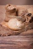 Weizenernte und frisches Brot Lizenzfreies Stockfoto