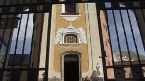 Wejście kościół Dolly suwaka strzał zdjęcie wideo
