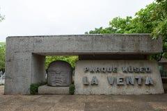 Wejście losu angeles Venta Olmec archeological muzeum w willi obraz stock