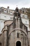 Wejście stary kamienny kościół w biednym mieście w jesieni Obrazy Royalty Free