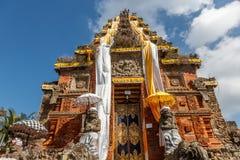 Wejściowe bramy Hinduska świątynia, Buruan, Bali, Indonezja zdjęcie royalty free