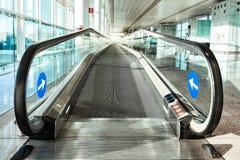 Wejście eskalator przy lotniskiem Zdjęcia Royalty Free