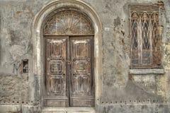 Wejściowy drzwi w Comacchio jest miasteczkiem w Emilia Romagna & x28; Italy& x29; Fotografia Royalty Free