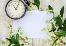 Wekker 10 uren Bloemen Royalty-vrije Stock Afbeeldingen