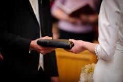 wekslowi par ślubowania zdjęcia royalty free