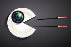 Wektor kamera obiektyw na bielu talerzu w łasowanie kształcie Zdjęcie Royalty Free