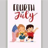 Wektor USA 4 Lipiec dnia niepodległości literowanie, dzieci trzyma flaga Zdjęcia Stock