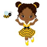 Wektorowa Śliczna Mała amerykanin afrykańskiego pochodzenia dziewczyna z pszczołą royalty ilustracja