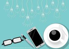 Wektorowa filiżanka kawy z biznesowymi pomysłami, żarówki, pióra, telefony komórkowi, filiżanki, płaski projekt ilustracja wektor