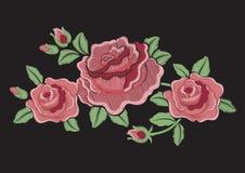 Wektorowa ilustracja bardzo piękna zadziwiająca moda haftować róże w proszek menchii brzmieniach odizolowywających na czarnym tle ilustracji