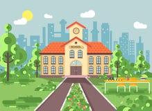 Wektorowa ilustracja z powrotem szkoły architektury dwupiętrowy budynek z ganeczkiem, zegar na wierza, drzewo krzaki zewnętrzni ilustracja wektor