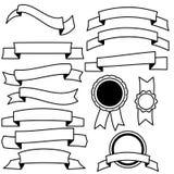 Wektorowa kolekcja dekoracyjnego projekta kreskowi elementy - faborki, etykietki ilustracji
